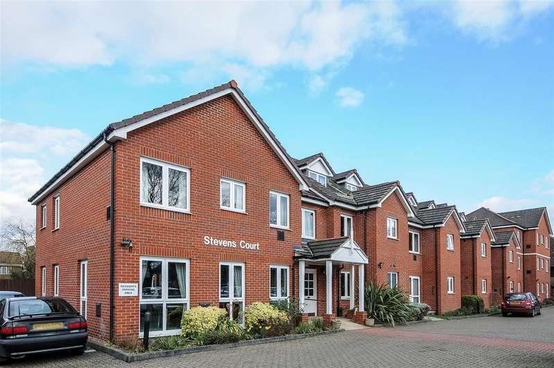 2 Bedrooms Retirement Property for sale in Reading Road, Winnersh, Berkshire, RG41 5GU