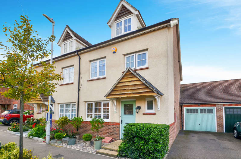 4 Bedrooms Semi Detached House for sale in Keele Avenue, Maidstone