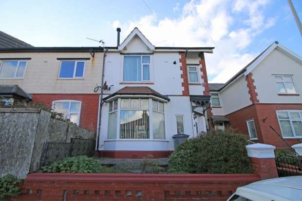 3 Bedrooms Semi Detached House for sale in Edenvale Avenue, Blackpool, FY2