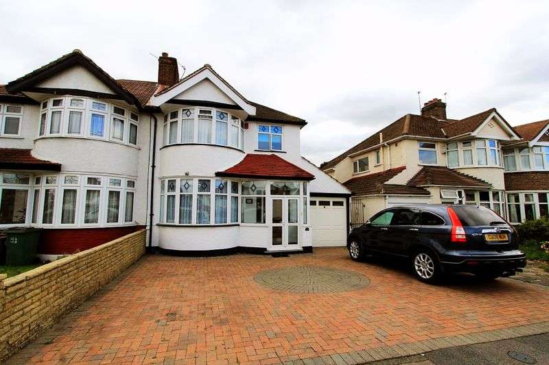 3 Bedrooms Property for sale in Croydon Road, Croydon