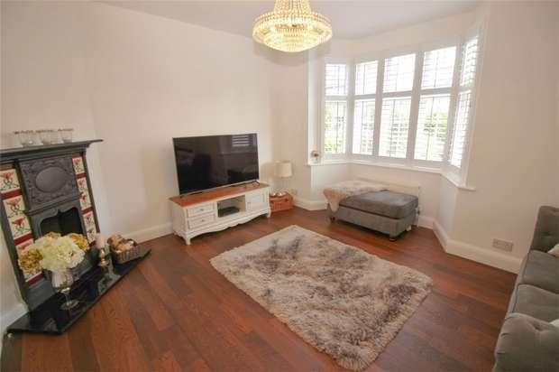 1 Bedroom Flat for sale in Eden Park Avenue, Beckenham, Kent