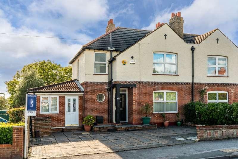 4 Bedrooms Semi Detached House for sale in Hamble Lane, Hamble, Southampton, Hampshire. SO31 4JR