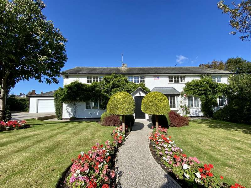 4 Bedrooms Detached House for sale in Green Briar, Dubside, Wrea Green
