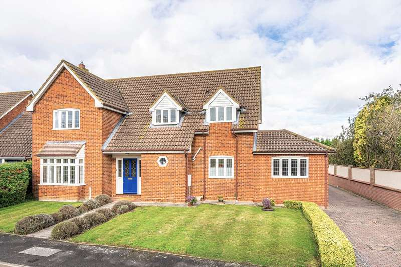 5 Bedrooms Detached House for sale in Thatcher Stanfords Close, Melbourn, SG8