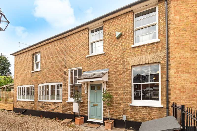 2 Bedrooms Semi Detached House for sale in Bedford Road, Hitchin, SG5