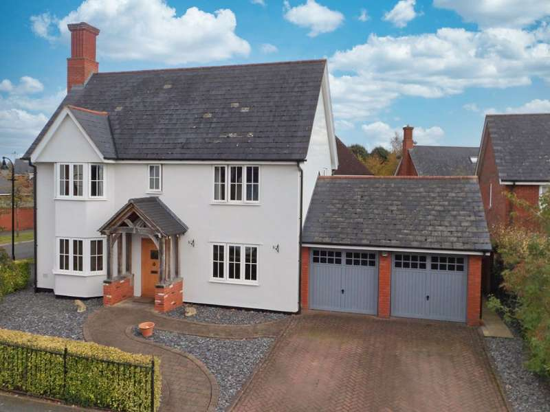 4 Bedrooms Property for sale in Oakdale Close, Wychwood Park, Cheshire