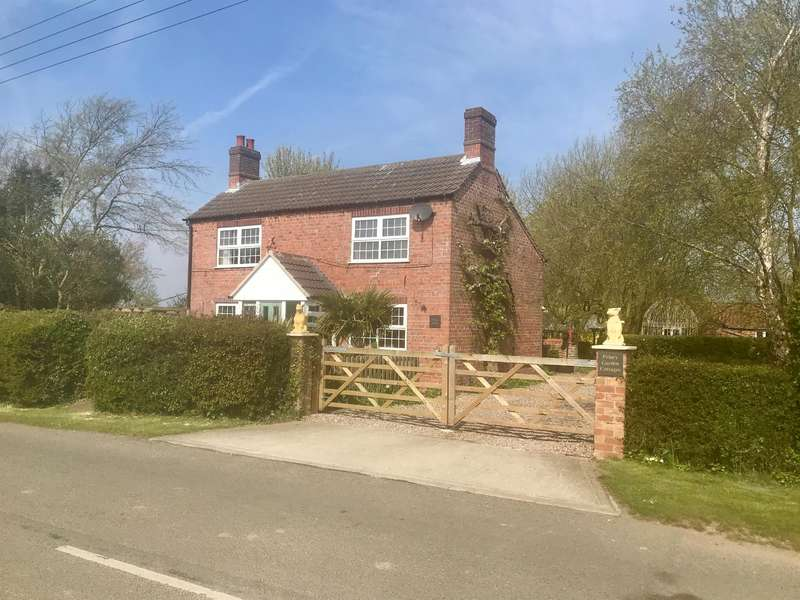 4 Bedrooms Detached House for sale in Sea Road, Anderby, Skegness, Lincolnshire, PE24 5YD
