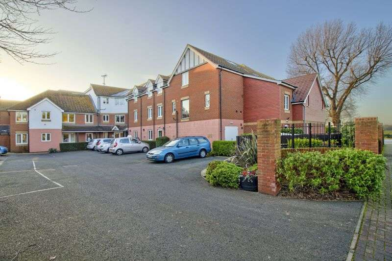 2 Bedrooms Property for sale in Wealdhurst Park, Broadstairs, CT10