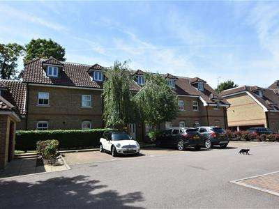 2 Bedrooms Flat for sale in London Road, Sawbridgeworth