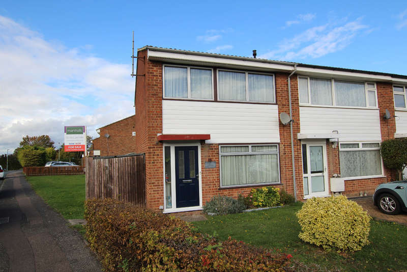 3 Bedrooms Semi Detached House for sale in Eliot Road, Royston