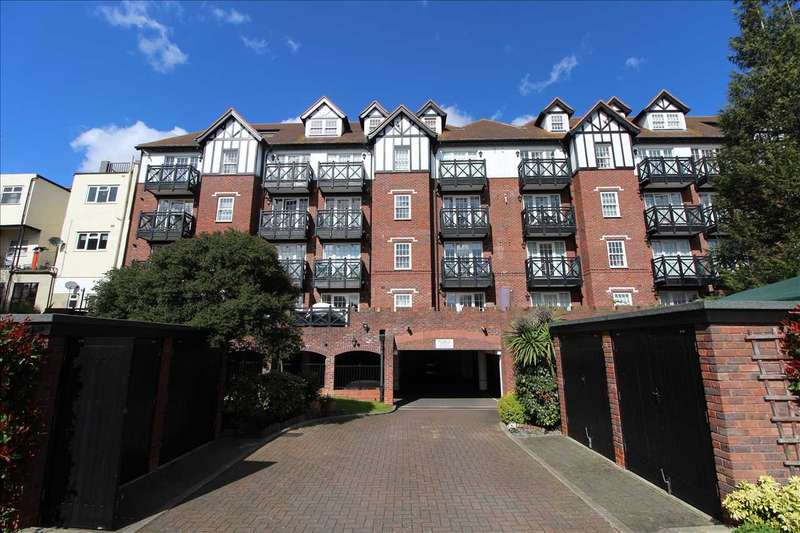 2 Bedrooms Apartment Flat for sale in Southside, 260 - 280 Leigh Road, Leigh on Sea
