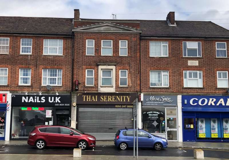 4 Bedrooms Mixed Use Commercial for sale in Gloucester Parade, Blackfen Road, Sidcup, Kent, DA15 8PS