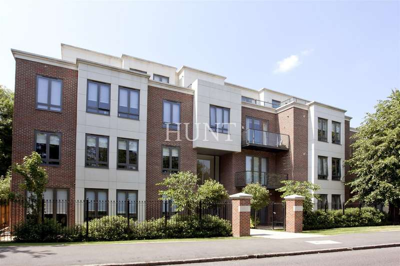 3 Bedrooms Apartment Flat for sale in Eton Heights, Woodford Green IG8