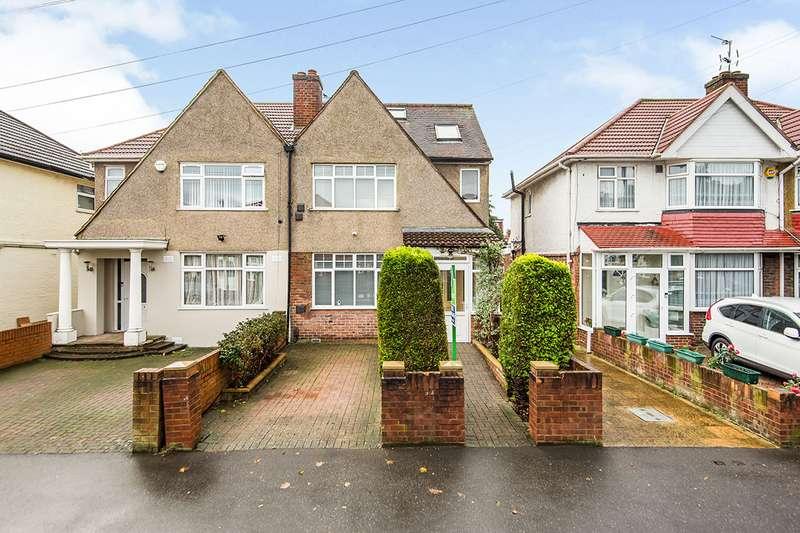 4 Bedrooms Semi Detached House for sale in Ellerdine Road, Hounslow, TW3