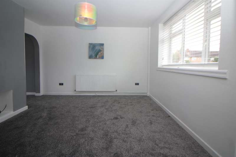 3 Bedrooms Terraced House for rent in Leven Drive, Waltham Cross