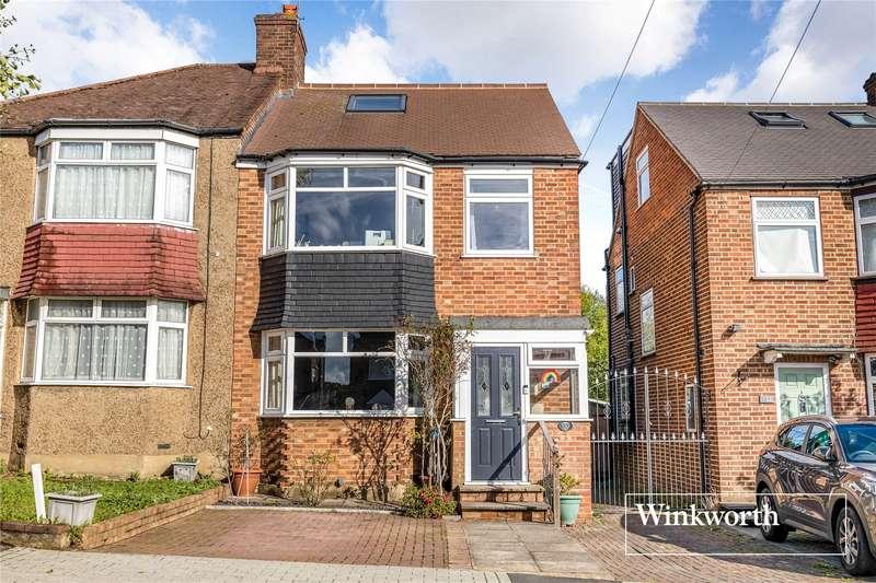 4 Bedrooms Semi Detached House for sale in Sherrards Way, Barnet, EN5