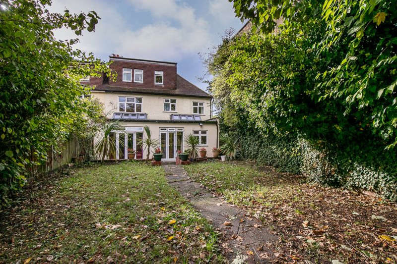 7 Bedrooms Semi Detached House for sale in Ashfield Road, Acton