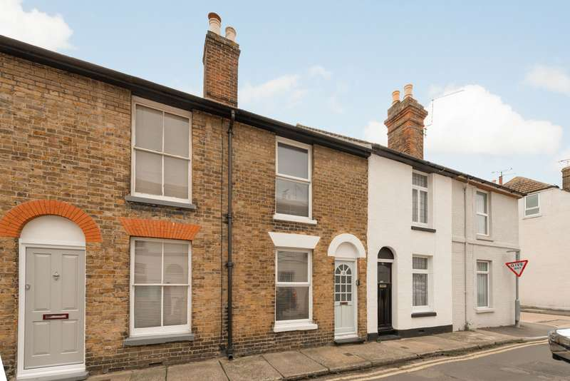 2 Bedrooms Terraced House for sale in Essex Street, Whitstable, CT5