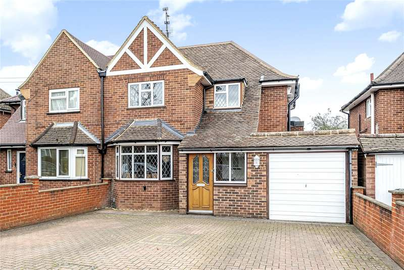 3 Bedrooms Semi Detached House for sale in Tudor Way, Mill End, Rickmansworth, WD3