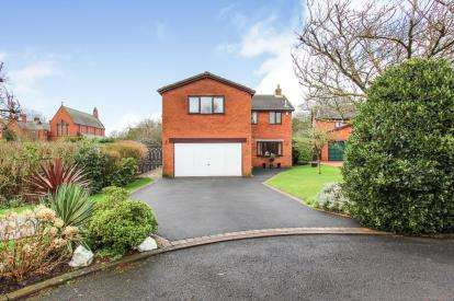 5 Bedrooms Detached House for sale in Chapel Close, Wesham, Preston, Lancashire, PR4