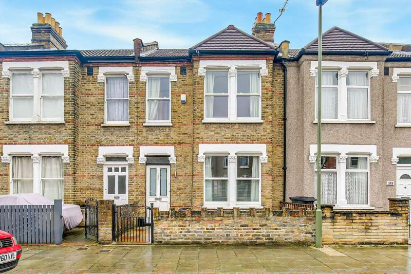 3 Bedrooms Terraced House for sale in Blandford Road, Beckenham, BR3