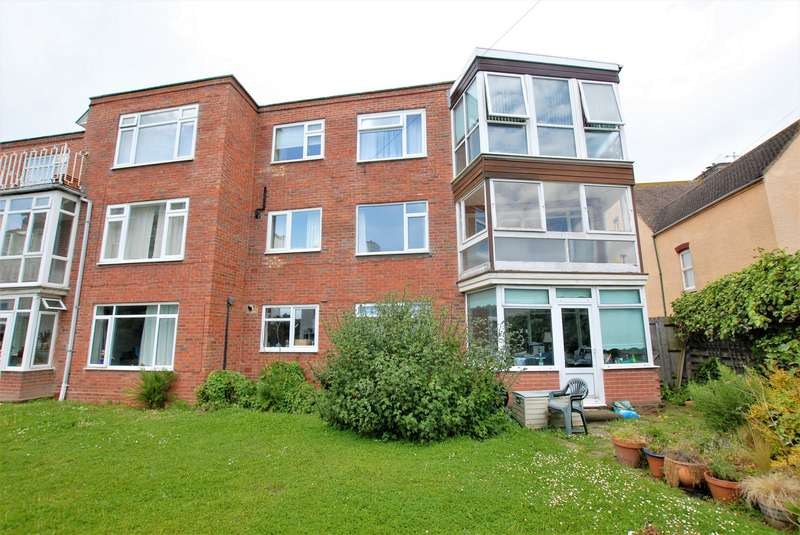 2 Bedrooms Flat for sale in South Road, Hythe, CT21