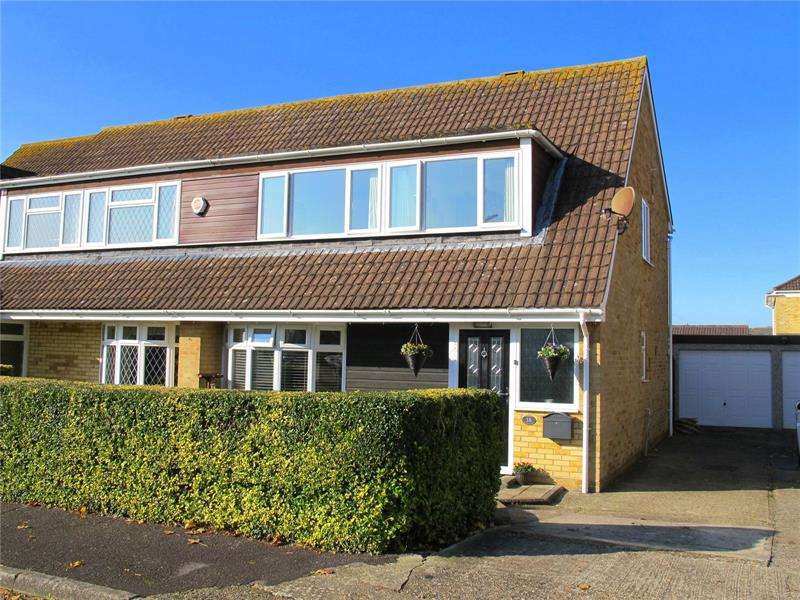 3 Bedrooms Semi Detached House for sale in Glenthorne Close, Stubbington, Hampshire, PO14