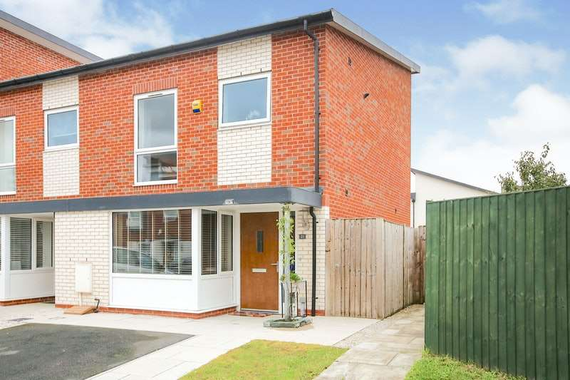 3 Bedrooms Terraced House for sale in Burcot Road, Manchester, Greater Manchester, M11