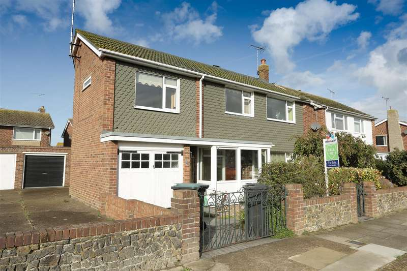 4 Bedrooms Detached House for sale in Rossetti Road, Birchington