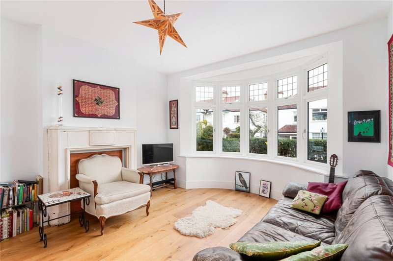 3 Bedrooms Semi Detached House for rent in Uffington Road, West Norwood, London, SE27