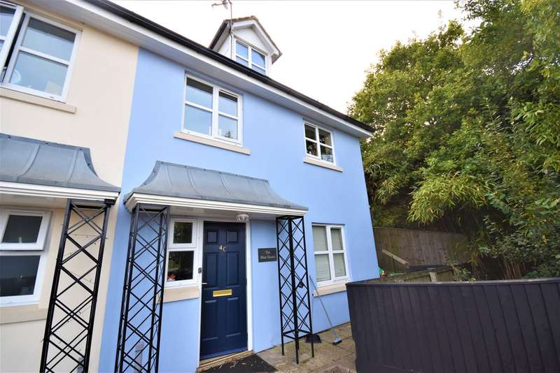 4 Bedrooms Semi Detached House for sale in Fairfield Way, Totland