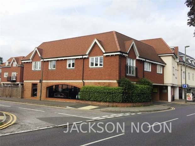 2 Bedrooms Flat for rent in 4-8 Cheam Road, Ewell Village