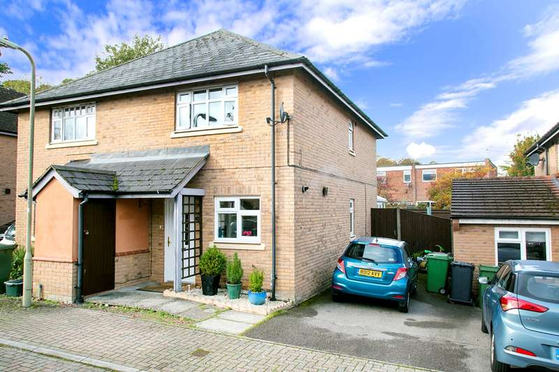 3 Bedrooms Semi Detached House for sale in The Moorings, Rosebanks, Basingstoke, RG21