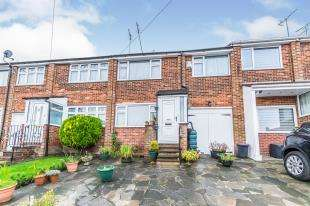 3 Bedrooms Terraced House for sale in Borstal Street, Strood, Rochester, Kent