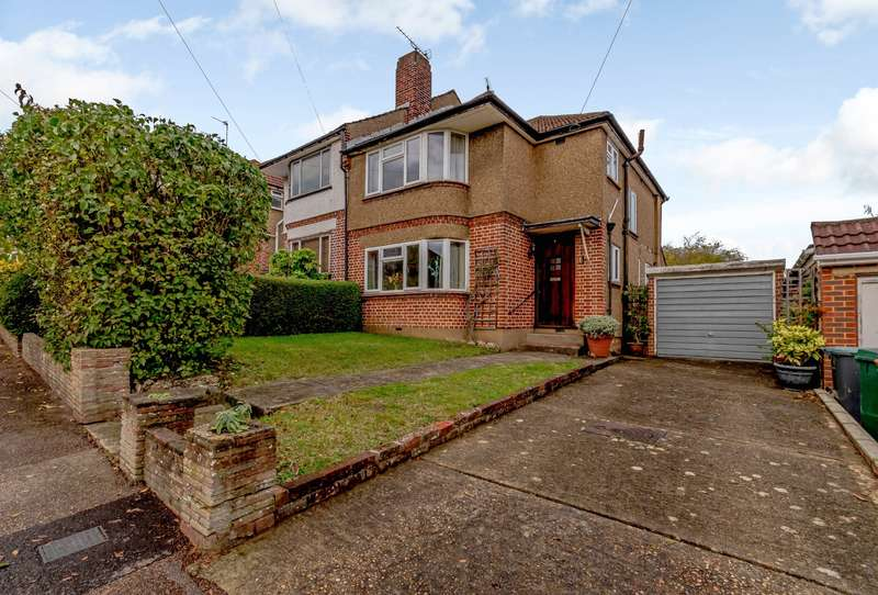 3 Bedrooms Semi Detached House for sale in Winton Drive, Croxley Green, Rickmansworth, WD3