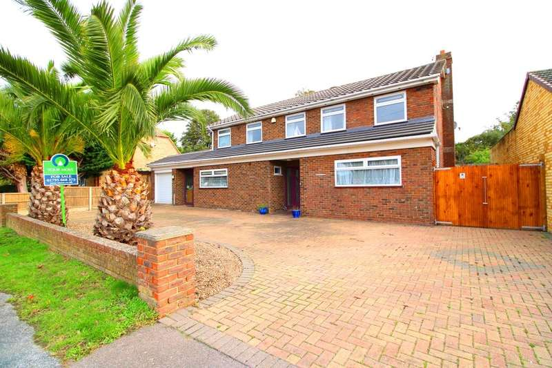 4 Bedrooms Detached House for sale in Bellevue Road, Minster On Sea, Sheerness, ME12