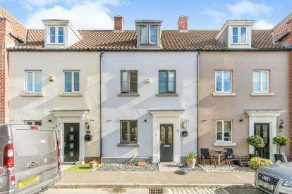3 Bedrooms Terraced House for sale in Clacton-on-Sea, Essex