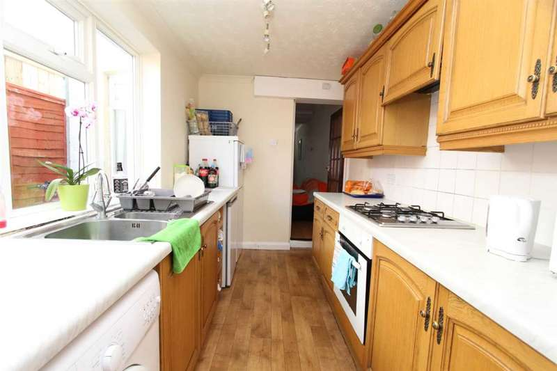 3 Bedrooms House for rent in William Street, Grays