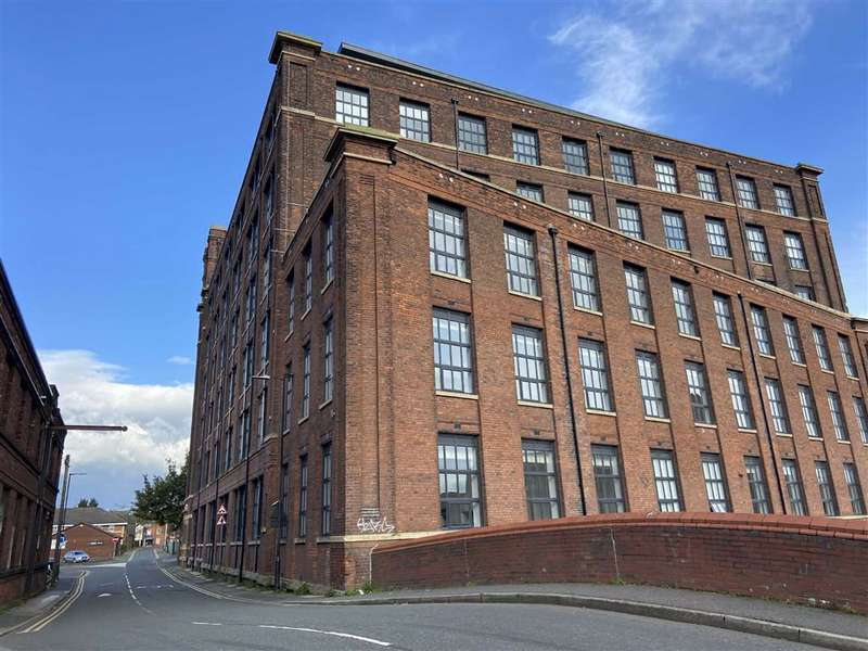 2 Bedrooms Flat for sale in Mather House, Mather Lane, Leigh
