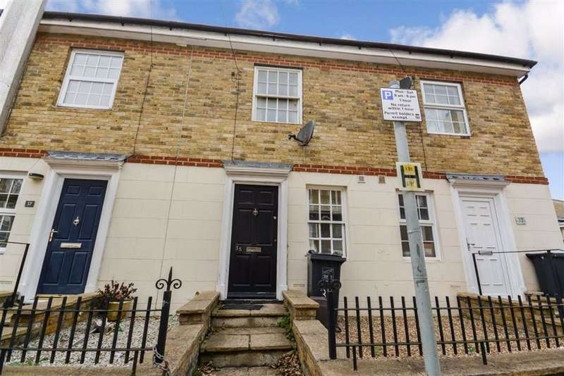 2 Bedrooms Terraced House for sale in Grosvenor Place, Margate, Kent