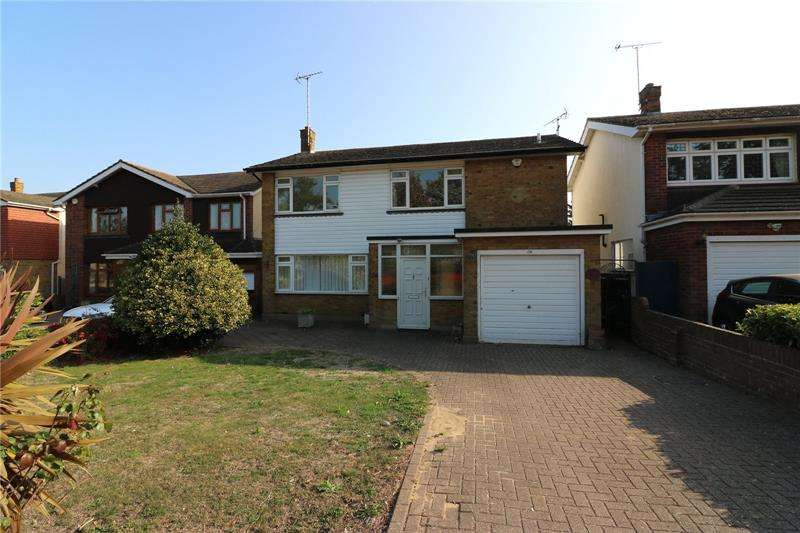 3 Bedrooms Detached House for rent in Southchurch Boulevard, Southend-on-Sea, Essex, SS2