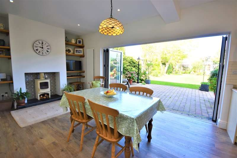 4 Bedrooms Detached House for sale in Avondale Road, Newport