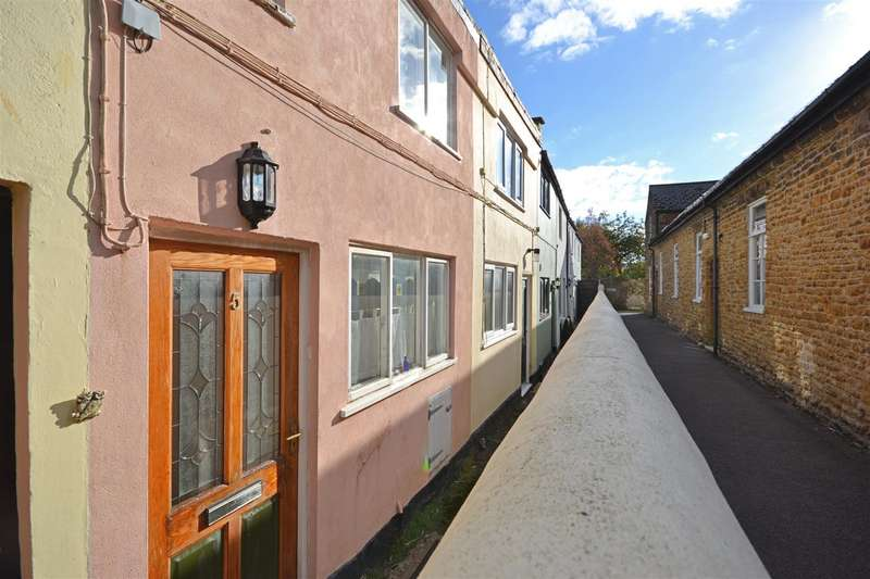 2 Bedrooms Terraced House for sale in Stanley Place, Bridport