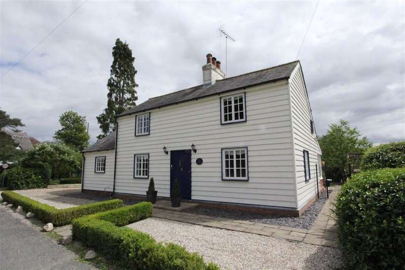 2 Bedrooms Detached House for sale in Matching Green