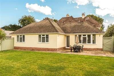 2 Bedrooms Cottage House for rent in Brookside Road, Brockenhurst