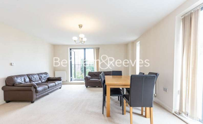 3 Bedrooms Apartment Flat for rent in Charcot Road, Colindale, NW9