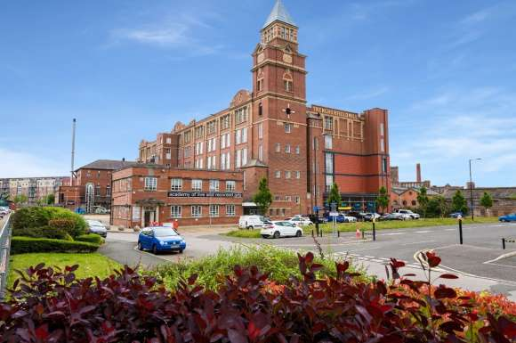 2 Bedrooms Apartment Flat for sale in Apartment , Trencherfield Mill, Heritage Way, Wigan