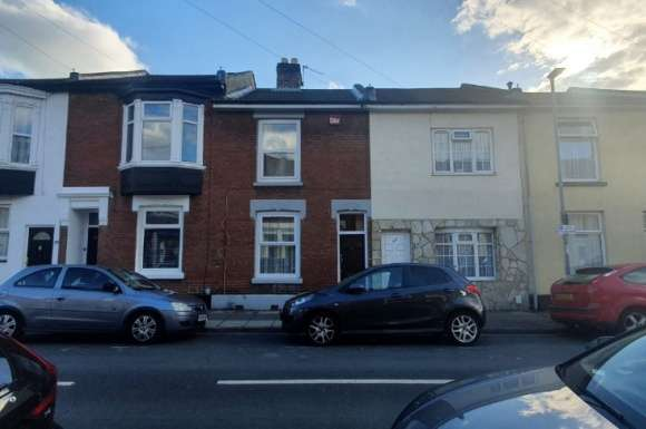 3 Bedrooms Terraced House for sale in Newcome, Fratton, Portsmouth, PO1