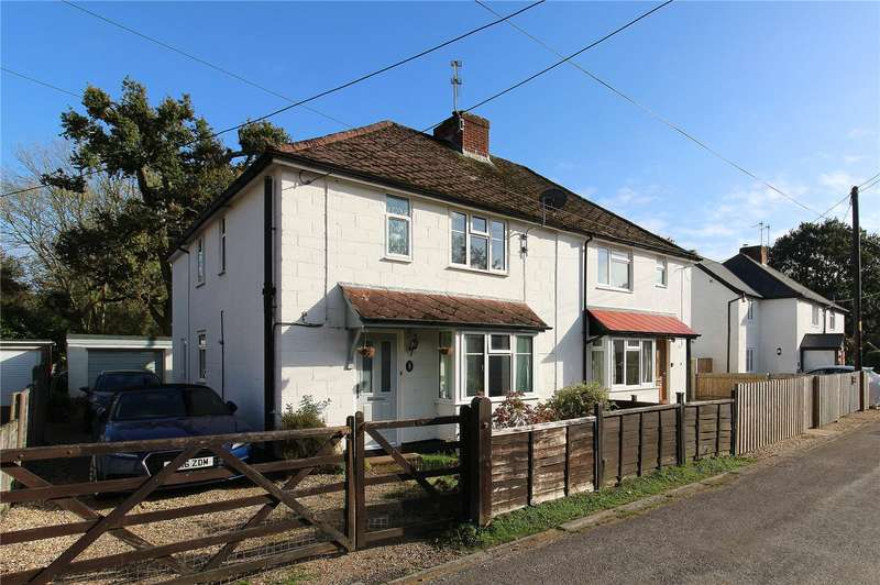 3 Bedrooms Semi Detached House for sale in Copse Road, Burley, Ringwood, Hampshire, BH24