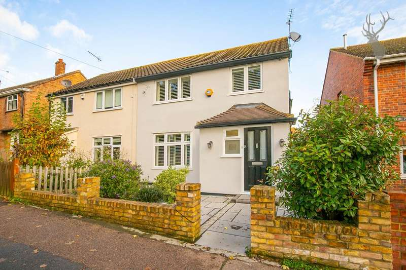 4 Bedrooms Semi Detached House for sale in Lower Queens Road, Buckhurst Hill